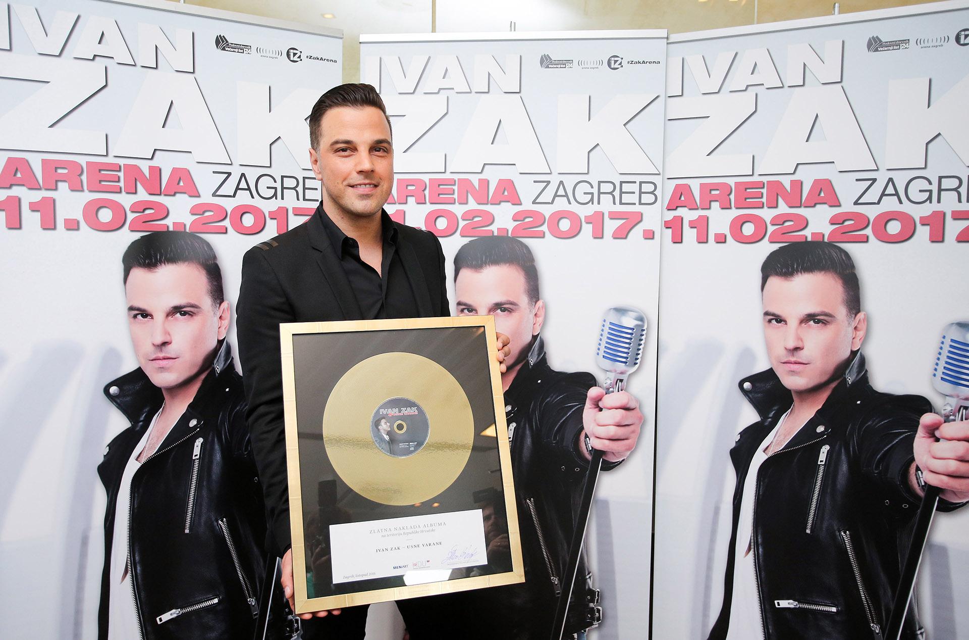 Photo of Ivanu Volariću Zaku uručena druga zlatna ploča