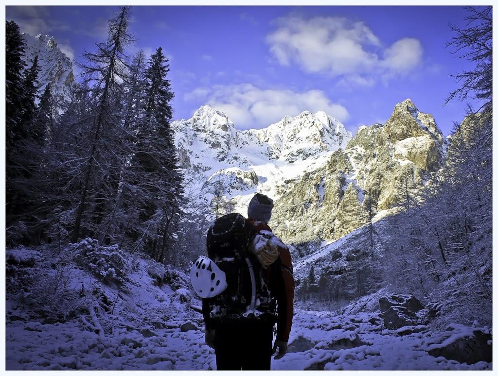 """Tema """"Čarolija planine"""" 1. mjesto: Antonio Brezina """"Dovški Križ_Slovenija"""" , Martuljška skupina, Julijske Alpe, 29.04.2017."""
