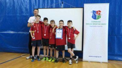 Photo of Jaskanski osnovnoškolci treći na županijskom natjecanju u badmintonu