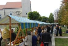 "Photo of Vraća se ""Plac mljac"", sutra domaći proizvodi opet kod crkve"
