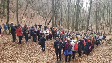 Photo of Održan tradicionalni Dekanatski križni put jaskanske župe   audio, foto, video